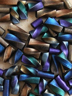 http://www.favequilts.com/master_images/Beads/bead1.jpg