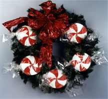 http://www.favequilts.com/master_images/Christmas-Crafts/pwreath.jpg