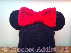 http://www.favequilts.com/master_images/Crochet/Mrs-Mouse-Hat.jpg