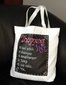 http://www.favequilts.com/master_images/FaveCraftsEBooks/national-craft-month-2014/Chalkboard-DIY-Tote-Bag.jpg