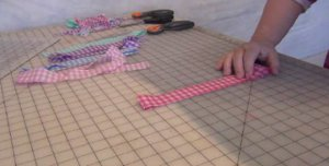 How To: Miniature Rail Fence Quilt Pattern - YouTube