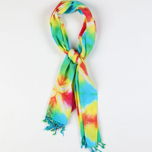 http://www.favequilts.com/master_images/scarves/Unforgettable-Tie-Dye-Scarf.jpg